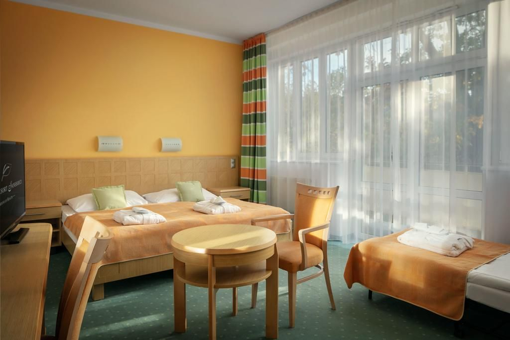 standard room Spa Resort Sanssouci Karlovy Vari Czech Republic Mango Tour Lviv