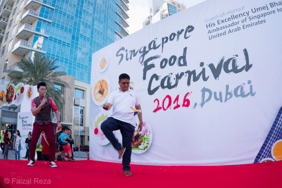 12 Singapore-Food-Carnival-in-Dubai-3-Emcee-MC-Host-Singapore