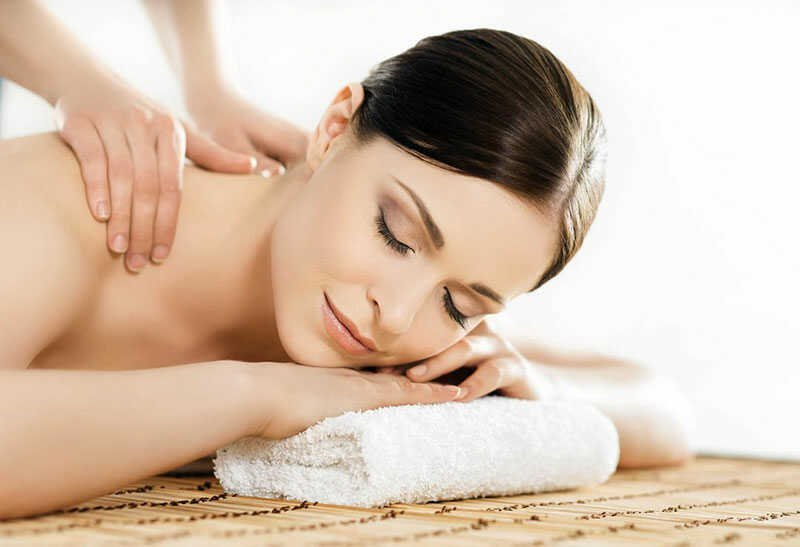 Massage and Beauty Treatments At VIP Cosmetic Lounge Bournemouth