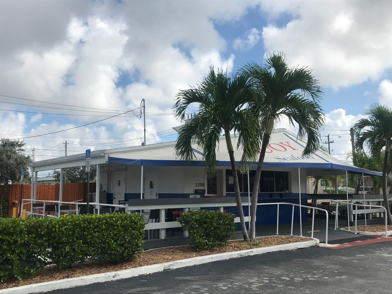 Pompano Retail Storefront for Rent